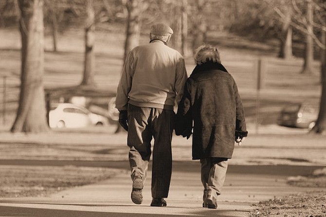 Convegno Ri-trovarsi nella cura - Esperienze con e per gli anziani - Rovigo